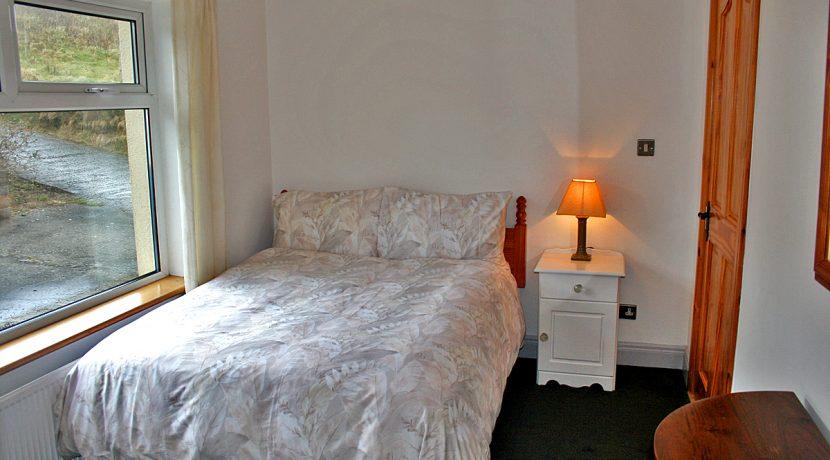 104_bedroom_grey
