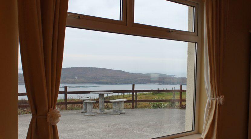 104_bedroom_window