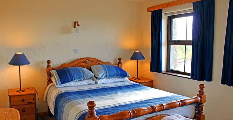 148_bedroom1