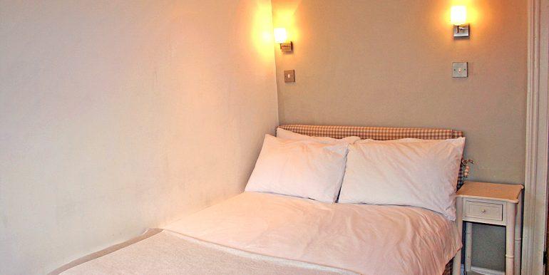 185_bedroom_c