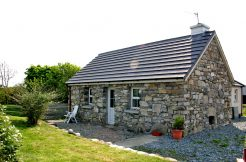 187 Claddaghduff Holiday Cottage