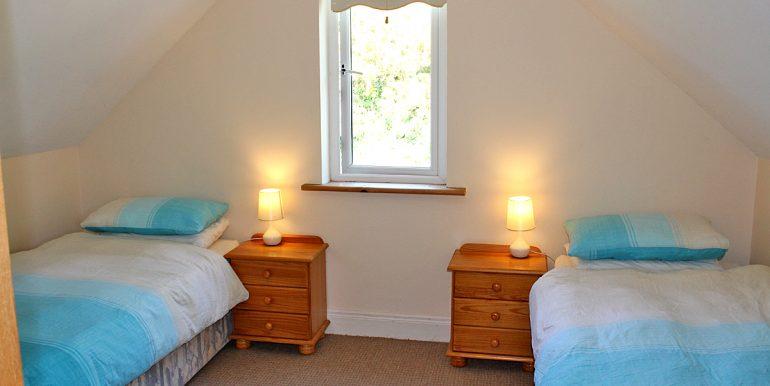 197_bedroom_2