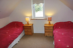 197b_bedroom1