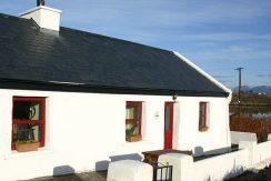 134 Holiday Cottage in Inishnee Roundstone Connemara
