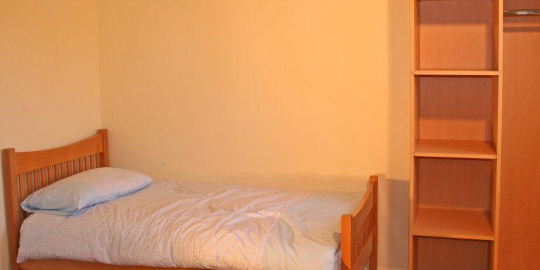 246_bedroom1