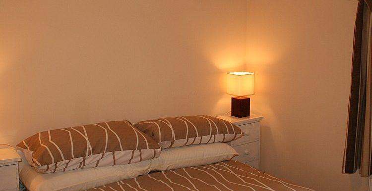 247_bedroom1-750x667