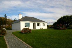 266 Cashel Waterside Cottage Holiday Cottage Connemara