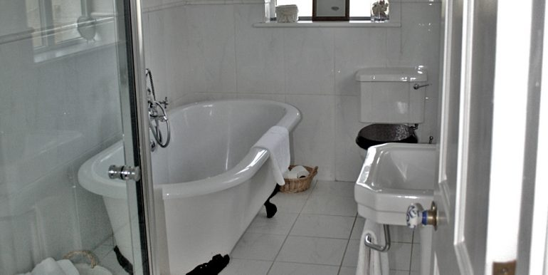 286_bathroom