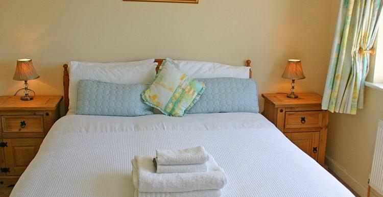 307_bedroom2-750x667 (1)