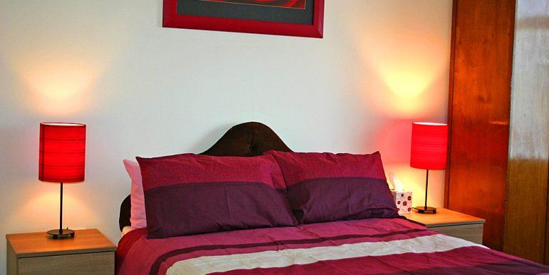 308_bedroom2