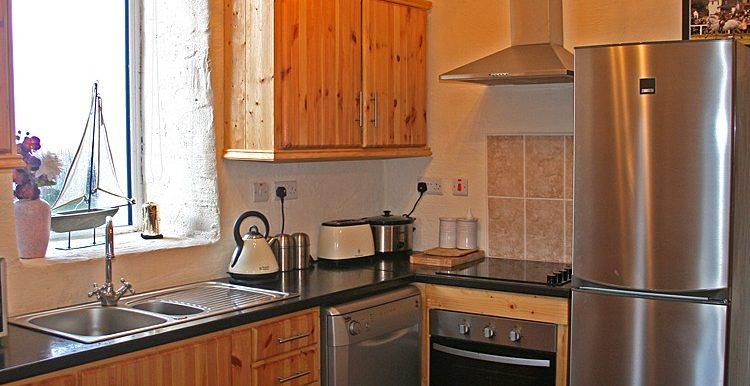 316_kitchen-750x667