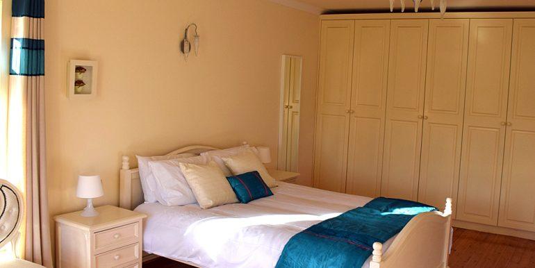 318_bedroom4