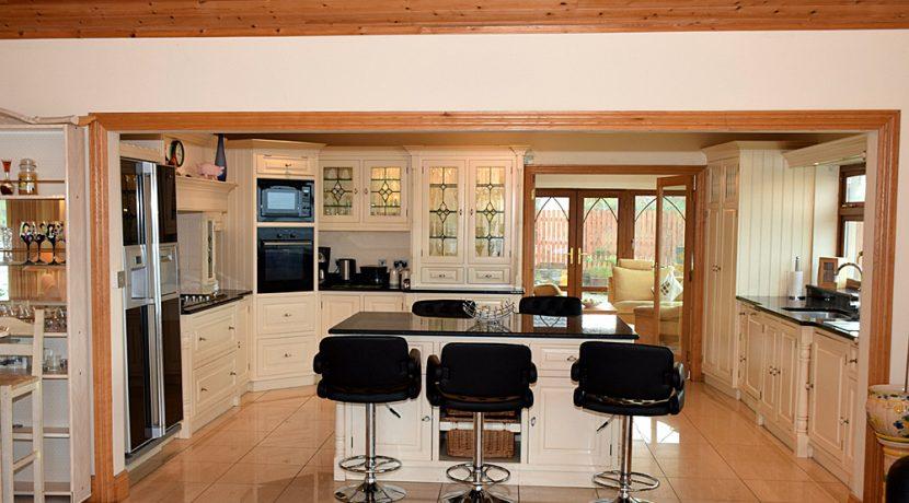 318_kitchen1