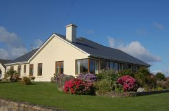 318 Cleggan Holiday Cottage