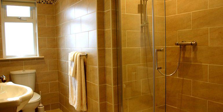 320_bathroom