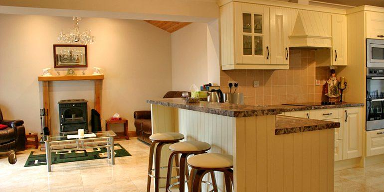 320_kitchenlounge