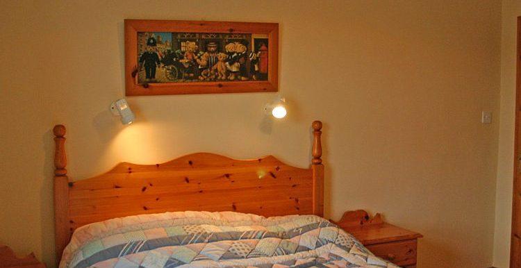 321_bedroom1-750x667