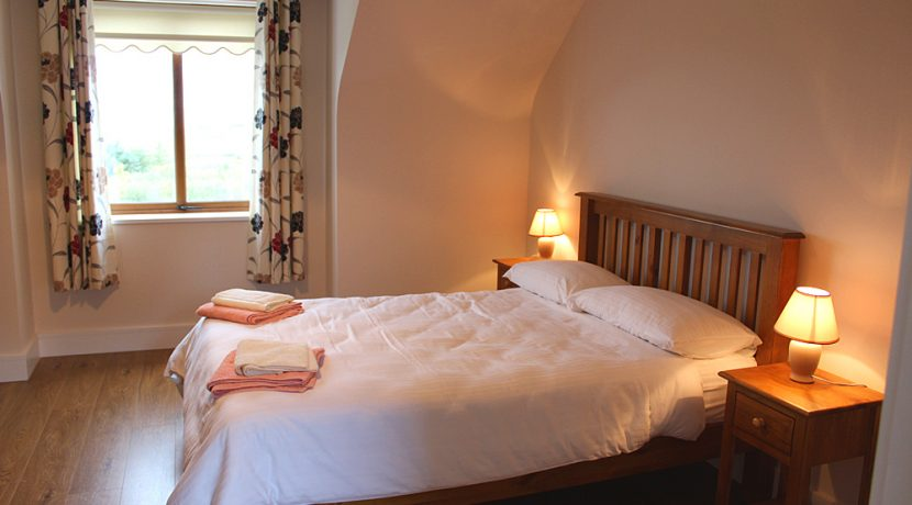 326_bedroom3