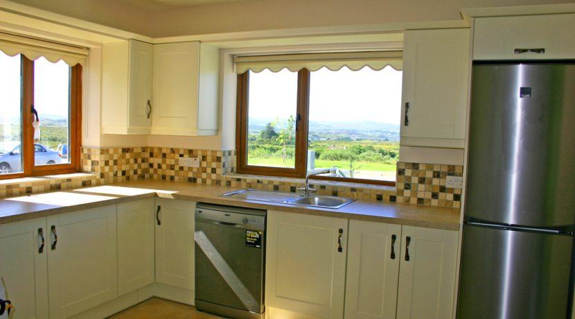 326_kitchenone
