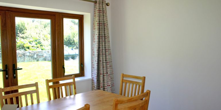 326_kitchentable