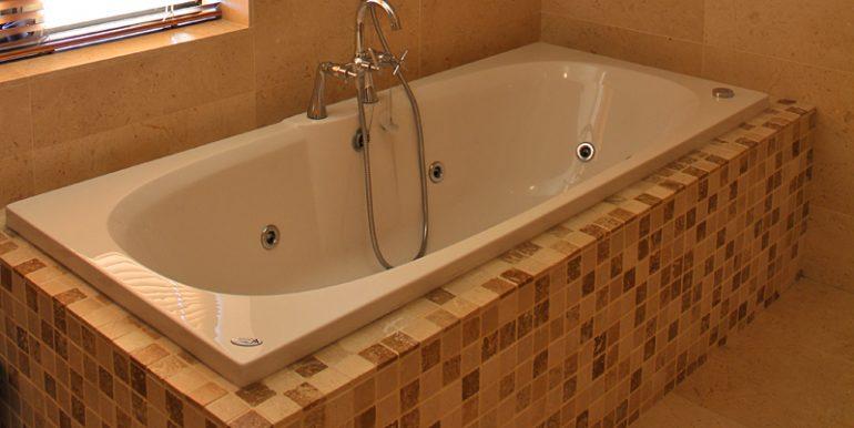 334_bathroom