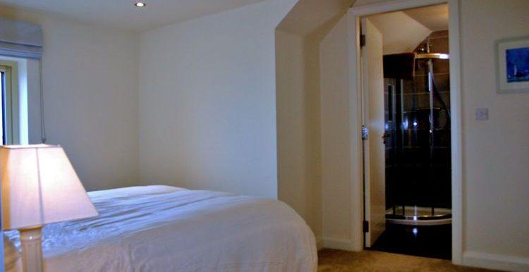 341_bedroom