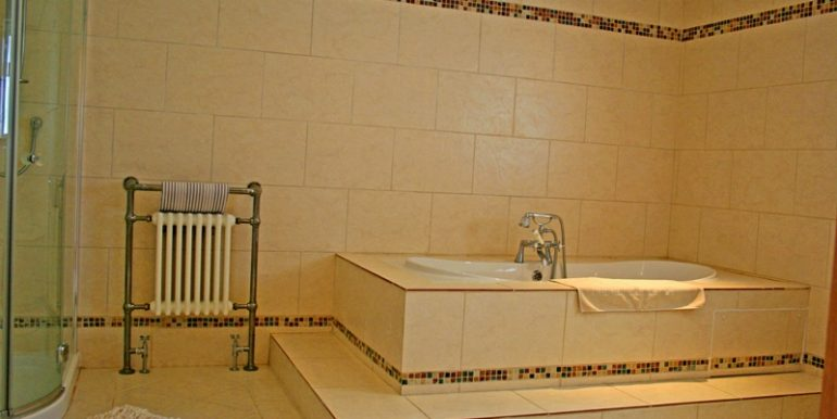 346_bathroom