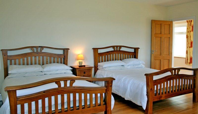 346_bedroom3
