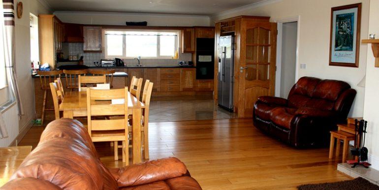 346_sittingroom3