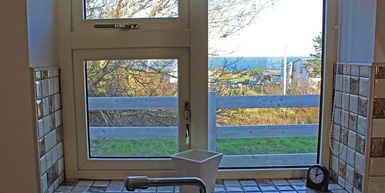 348_renvyle_cottages_window