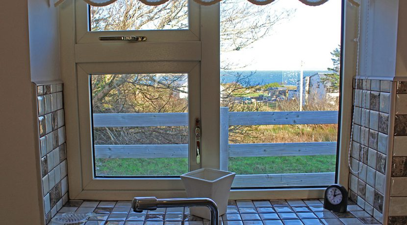 348_renvyle_cottages_window