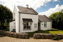 332 Holiday Cottage Barna Galway