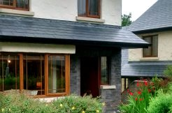 351 Clifden Holiday Cottage
