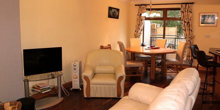 351_clifden_sittingroom