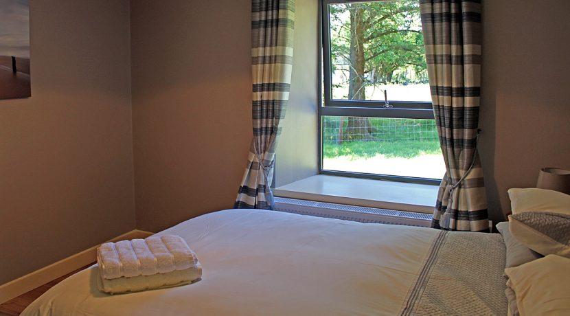 353_renvyle_bedroom3