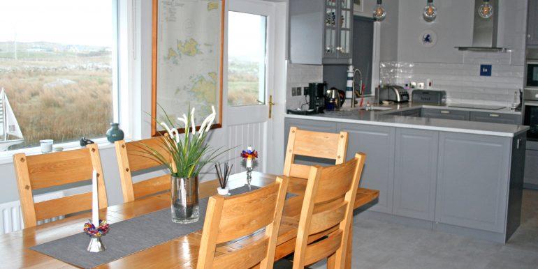 057_kitchen2