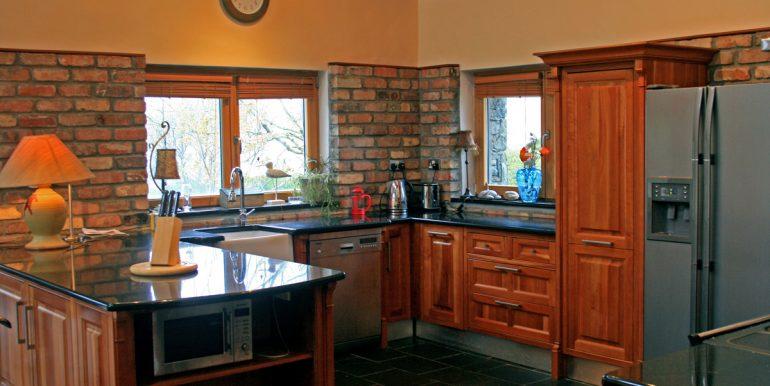 inside_355_leenane_kitchen