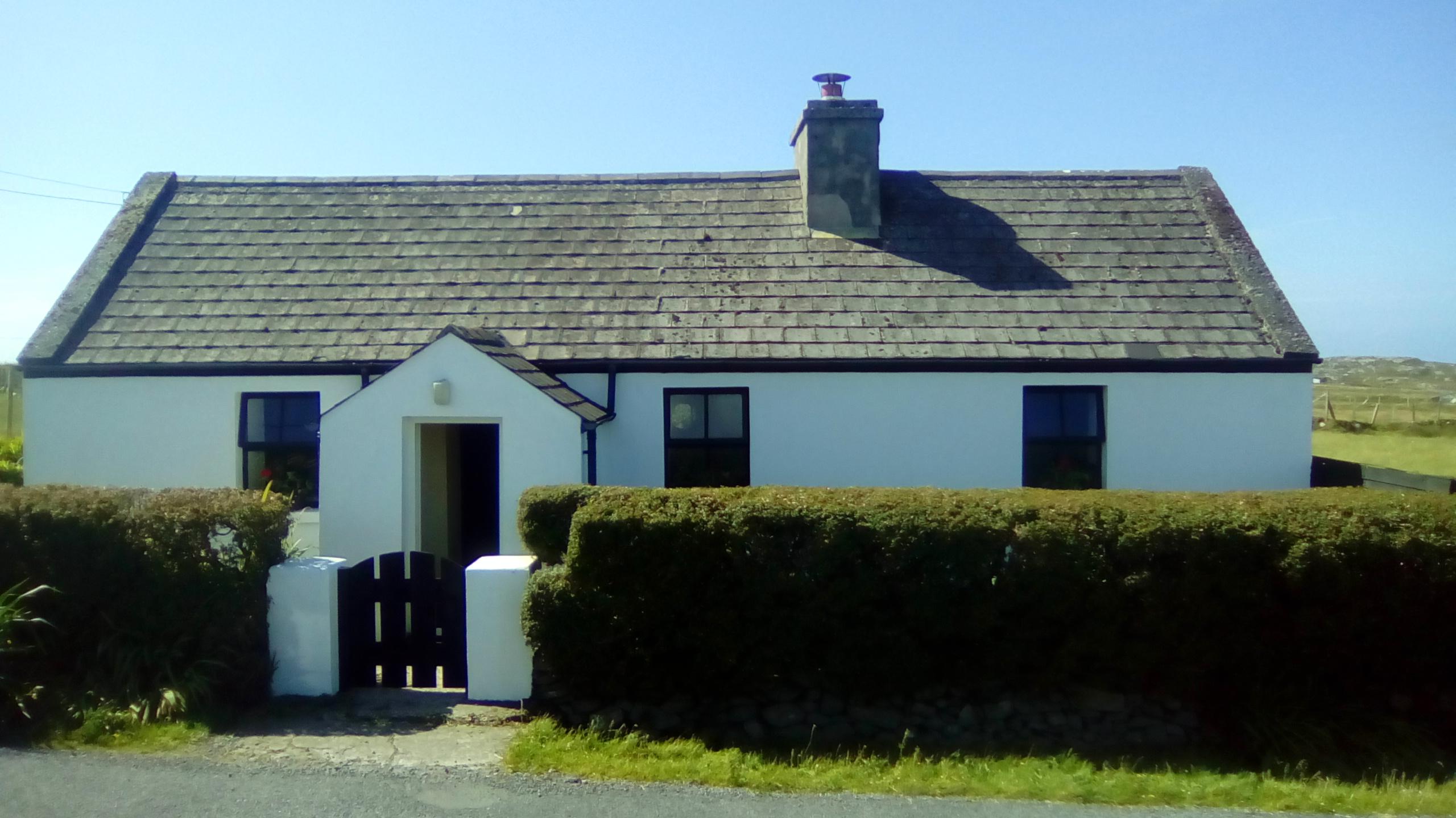 Inishbofin 358 Middlequarter Village Cottage