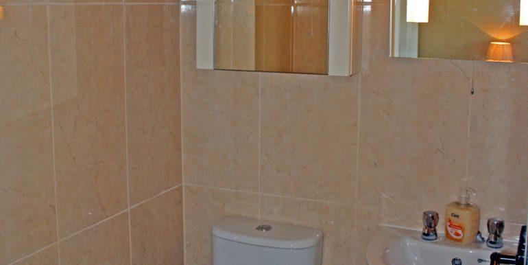 365_bathroom