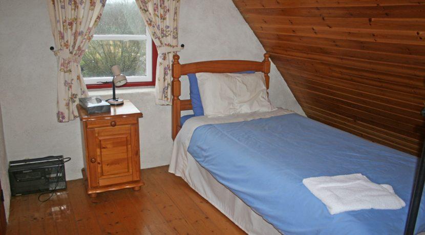 368_bedroom3