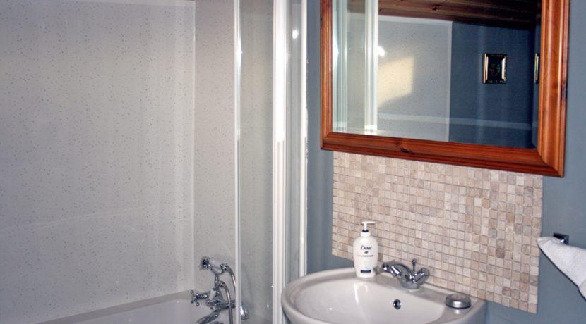 369_bathroom
