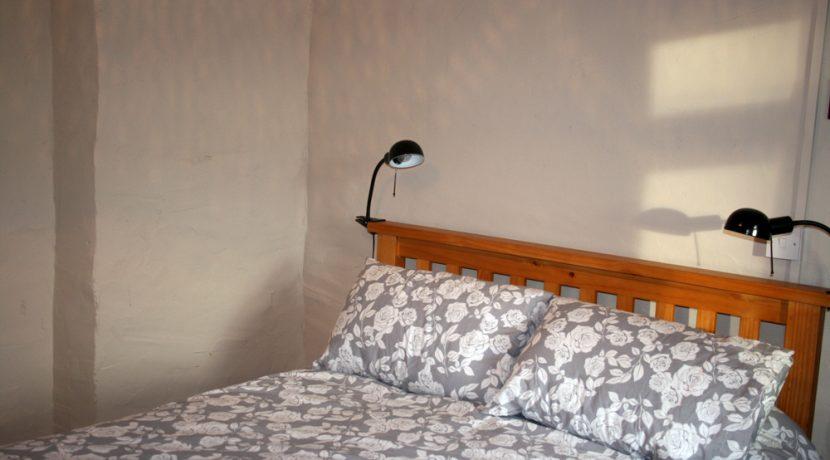 369_bedroom1_2