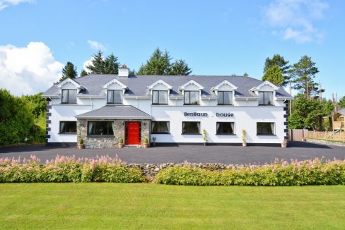 Large holiday property in Clifden Connemara