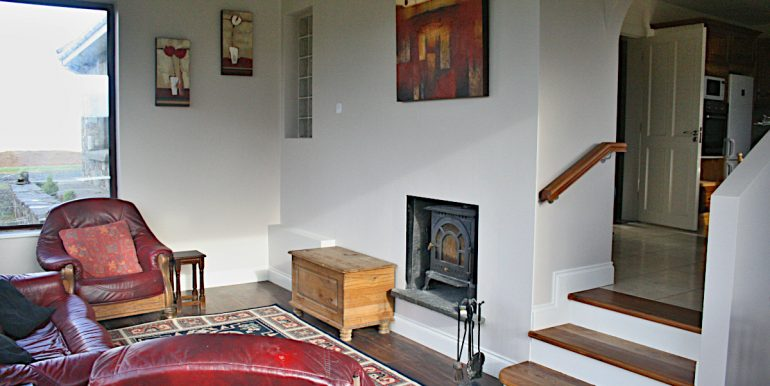 370_sittingroom1