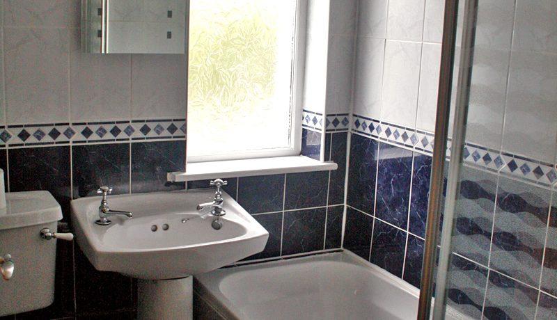 373_bathroom