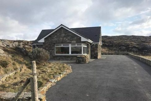376 Sky Road Clifden Connemara Holiday Cottage