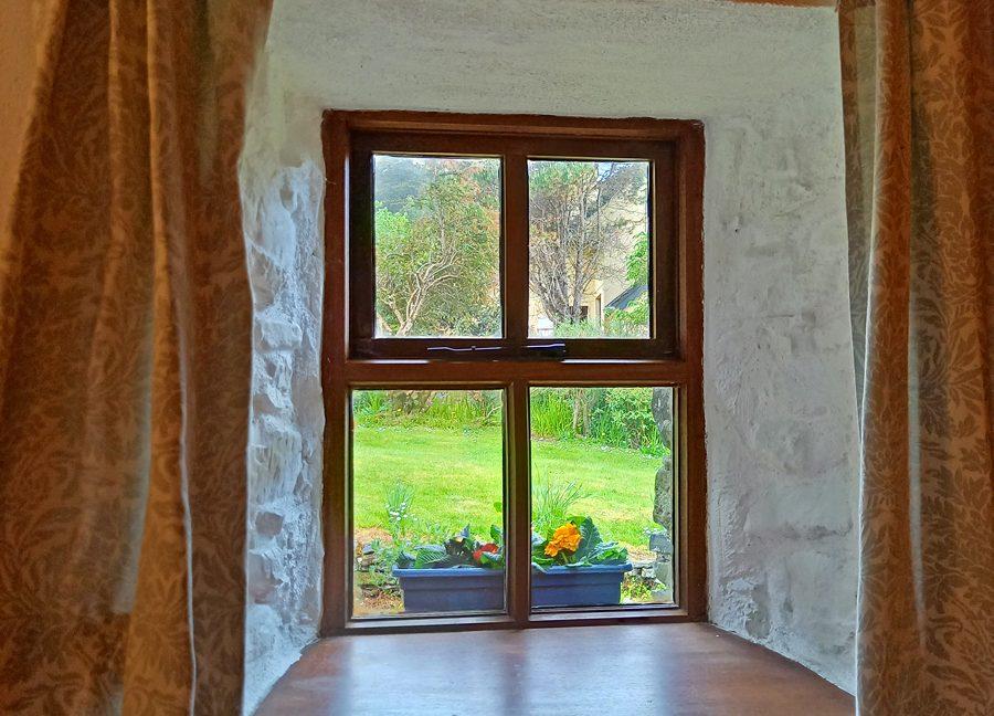 386_lettergesh_window